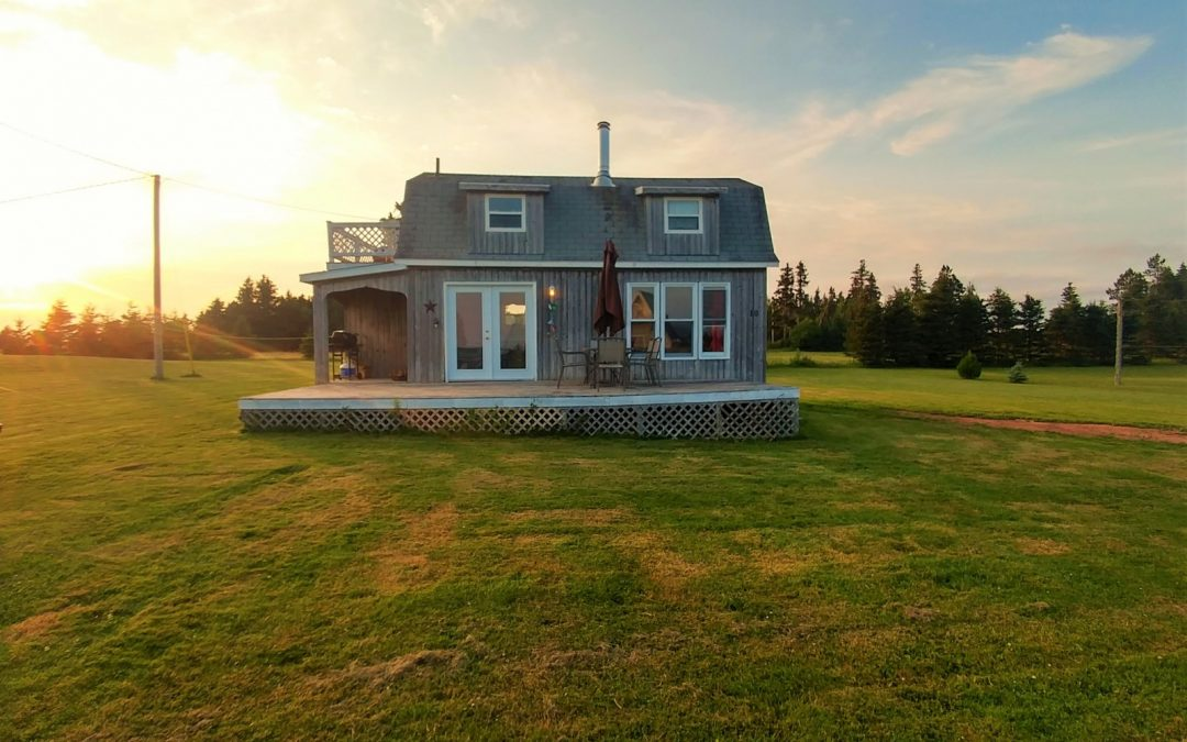 Stunning Must See PEI Cottage!