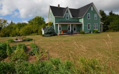 LARGE WATERFRONT ACREAGE on PEI!