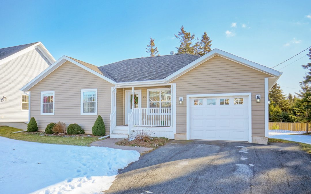 SOLD – Lovely Bungalow in West Royalty, Charlottetown!